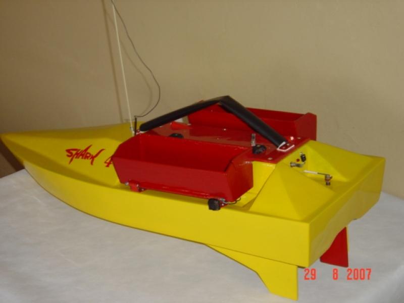 Rybársky RC čln