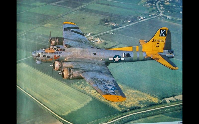 "Boeing B-17G ""A bit O lace"""