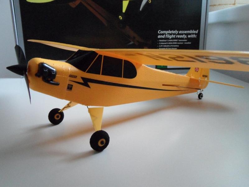 ULTRA-MICRO J-3 CUB